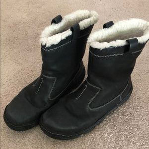 Clark's snow boots
